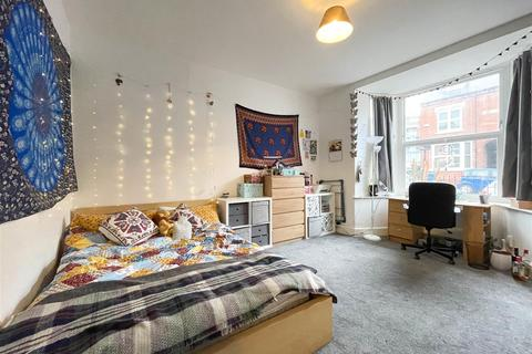 5 bedroom house to rent - 119 Club Garden Road, Sheffield