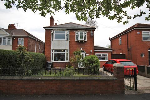 3 bedroom detached house for sale - Leigh Avenue, Widnes, WA8