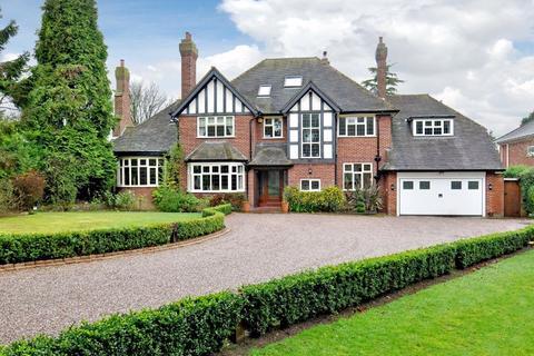 6 bedroom detached house to rent - Fairwood, Ash Hill, Compton, Wolverhampton, WV3