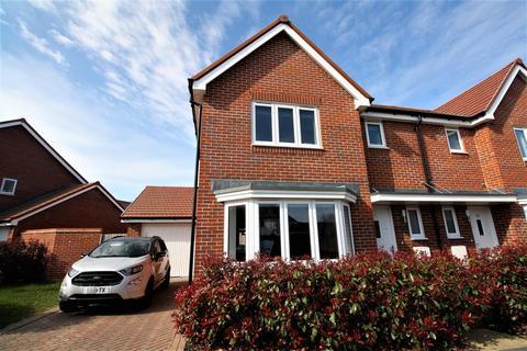 3 bedroom semi-detached house for sale - Iden Hurst, Hurstpierpoint, Hassocks