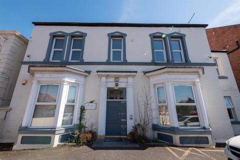 2 bedroom flat for sale - Newcastle Road, Fulwell, Sunderland
