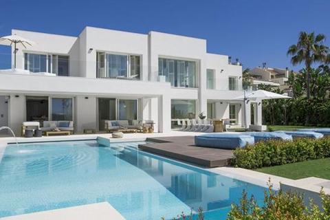 7 bedroom villa - Beach Side Golden Mile, Marbella, Malaga