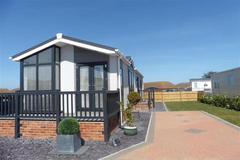 2 bedroom park home for sale - Meadow View Park The Broadway, Minster On Sea, Sheerness, Kent