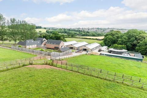 5 bedroom detached house for sale - Butterton Racing Stables