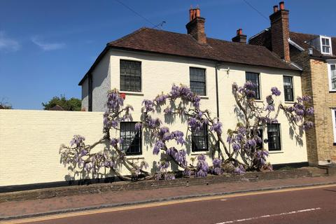 4 bedroom semi-detached house for sale - High Street, Brasted, Westerham, Kent, TN16