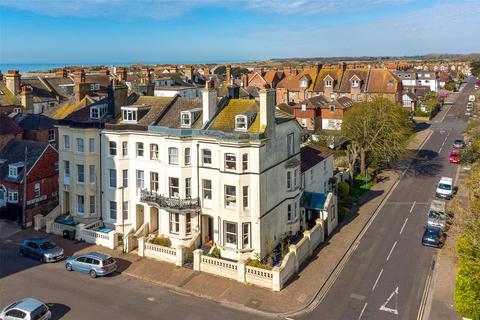 5 bedroom end of terrace house for sale - Granville Road, Littlehampton