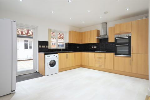 5 bedroom semi-detached house to rent - Bowes Road, East Acton W3 7AA