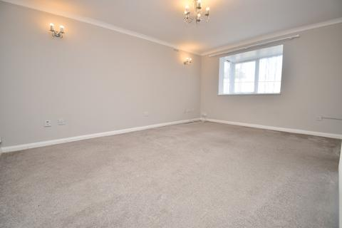 2 bedroom flat to rent - Heathdene Drive Belvedere DA17