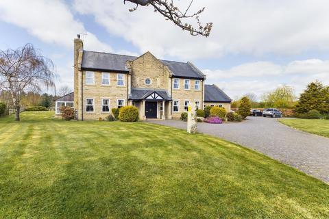 6 bedroom detached house for sale - Burgham Park, Morpeth