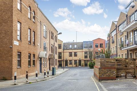 1 bedroom apartment for sale - Albion Court, Albion Place, W6