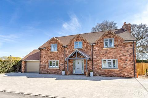 3 bedroom detached house for sale - Winterbourne Monkton, Wiltshire, SN4