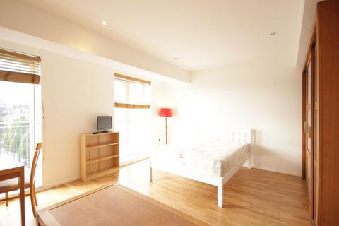 Studio to rent - Stepney City Apartments, London, E1