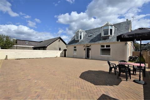7 bedroom cottage for sale - Victoria Cottage, 2A Winton Street, SALTCOATS, KA21 5BN
