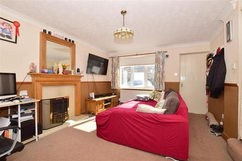3 bedroom semi-detached house for sale - Galena Close, Sittingbourne, Kent