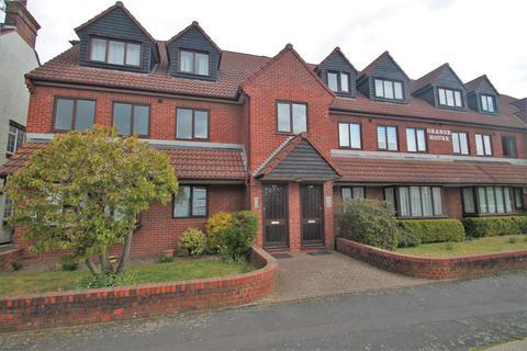 Studio to rent - Grange House, Grange Road, Gravesend, Kent, DA11 0EB
