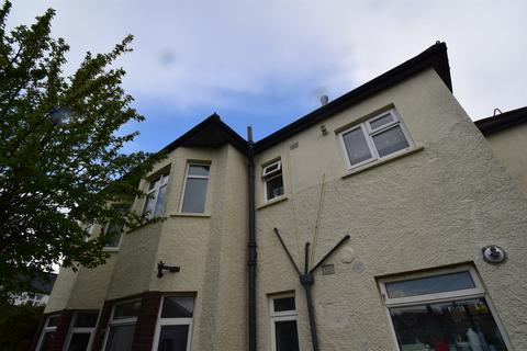 2 bedroom flat to rent - Northern Avenue Manor Way, Cardiff