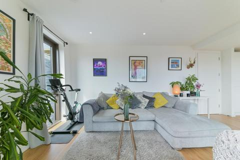 2 bedroom apartment for sale - Chancery Building, New Mill Road, Nine Elms, SW11