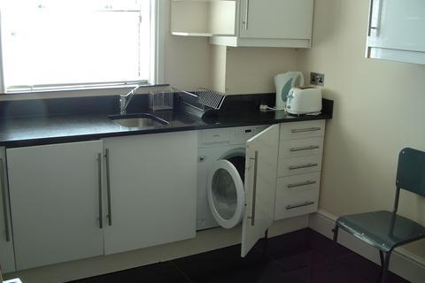 4 bedroom flat to rent - Pennsylvania Road, Exeter, EX4