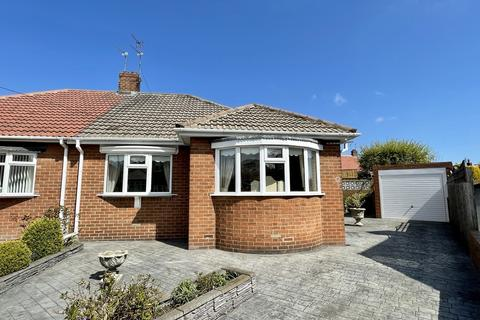 2 bedroom semi-detached bungalow for sale - Dunbreck Grove, Barnes