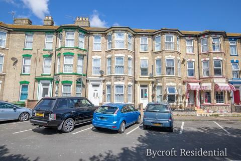 6 bedroom terraced house for sale - Kent Square, Great Yarmouth