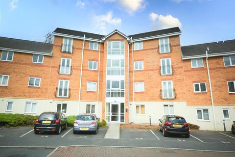 2 bedroom apartment to rent - Moorside, Warrington