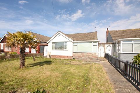 3 bedroom detached bungalow for sale - Ffordd Penrhwylfa, Prestatyn