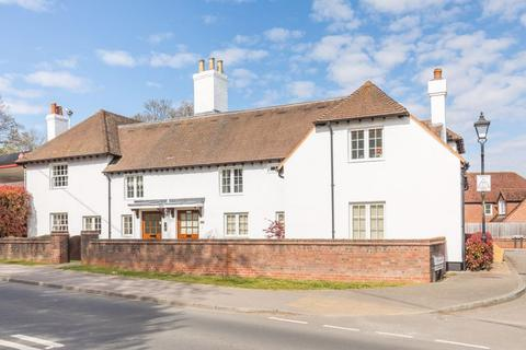 2 bedroom apartment for sale - London Road, Pulborough, West Sussex