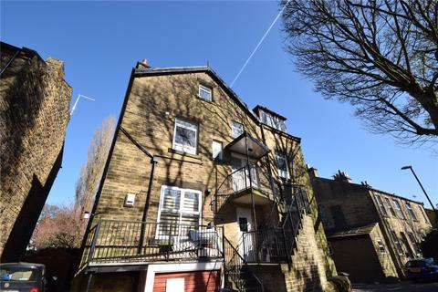 2 bedroom apartment to rent - Blenheim House, 9 Crawshaw Road, Pudsey