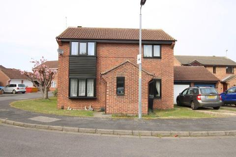 3 bedroom detached house for sale - BELTON GROVE, GRANTHAM