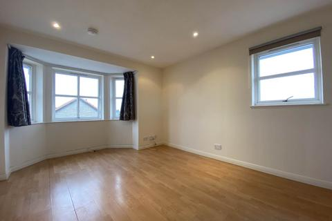 2 bedroom flat to rent - Raeburn Park, Perth ,
