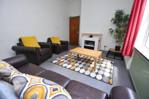 5 bedroom house to rent - Colum Road, Cathays, Cardiff