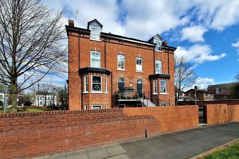 2 bedroom flat to rent - Boothman Court, Half Edge Ln