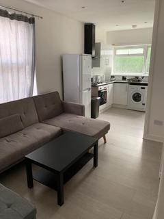 2 bedroom flat to rent - 2 Bedroom Flat For Rent in Tottenham Steele Road