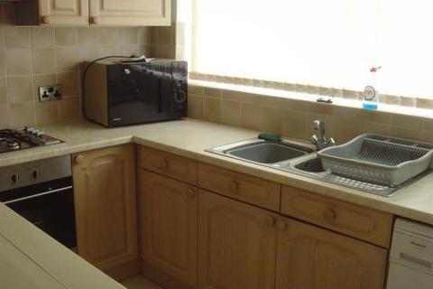 4 bedroom semi-detached house to rent - *£99 PPPW BILLS INCLUSIVE * Gordon Road, West Bridgford, NOTTINGHAM NG2