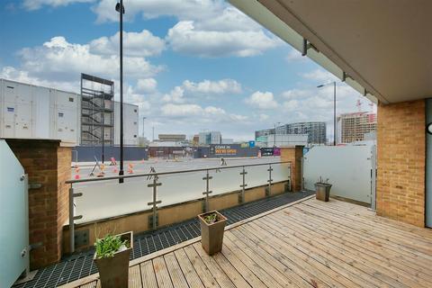1 bedroom flat for sale - Viridian, Battersea Park Road