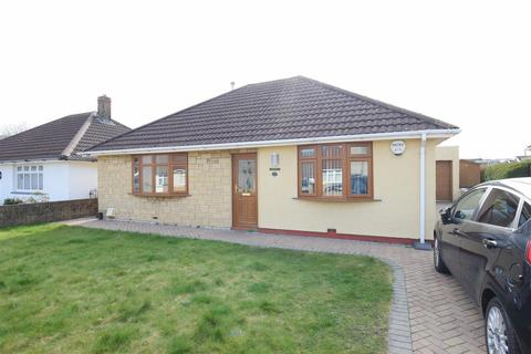 3 bedroom detached bungalow for sale - Lon Isaf, Caerphilly