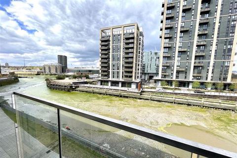 3 bedroom flat to rent - Norman Road, Greenwich, London, SE10