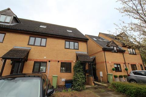 3 bedroom semi-detached house to rent - Barrett Place, Shenley Church End