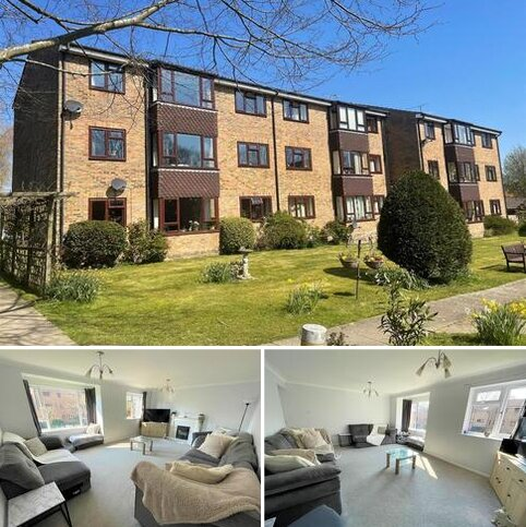2 bedroom flat for sale - Kelsey Court, Burgess Hill