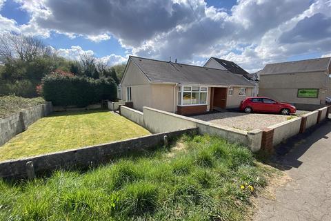 3 bedroom detached bungalow for sale - Pantyffynnon Road, Ammanford