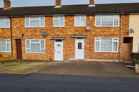 3 bedroom terraced house to rent - Pemberton Road, Slough