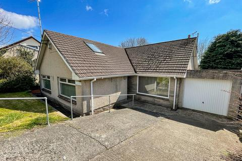 6 bedroom detached bungalow for sale - 29 Scarrowscant Lane, Haverfordwest