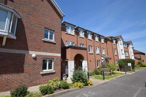 2 bedroom retirement property for sale - Appletree Court, High Street, Rainham