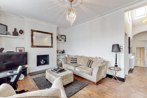 2 bedroom flat for sale - Leighton Gardens, Kensal Rise, London