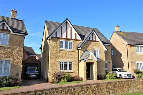 4 bedroom detached house for sale - Home Farm Drive, Boughton, Northampton