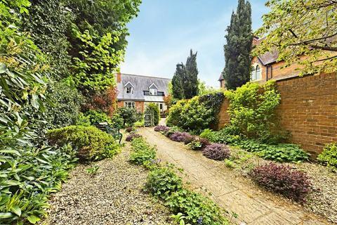 4 bedroom detached house for sale - Wellington Square, Cheltenham, Gloucestershire