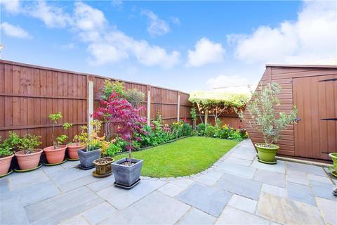 2 bedroom terraced house for sale - Twickenham Close, Croydon, Surrey
