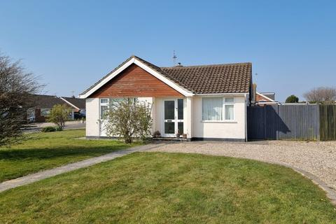 2 bedroom semi-detached bungalow for sale - Link Way, Pagham, Bognor Regis, West Sussex, PO21 4QB
