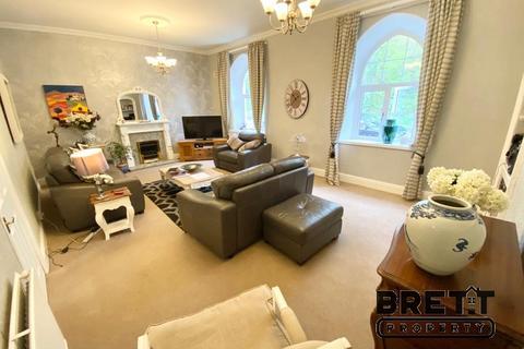 4 bedroom terraced house for sale - The Olde School House, Victoria Road, Pembroke Dock, Pembrokeshire. SA72 6XJ