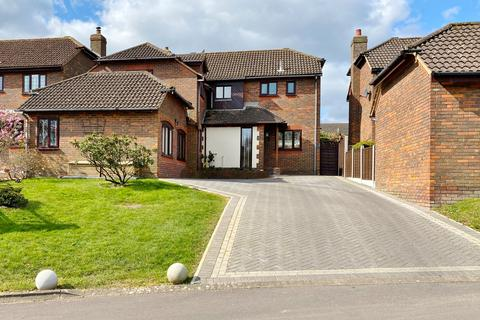5 bedroom detached house to rent - Fawley, Southampton